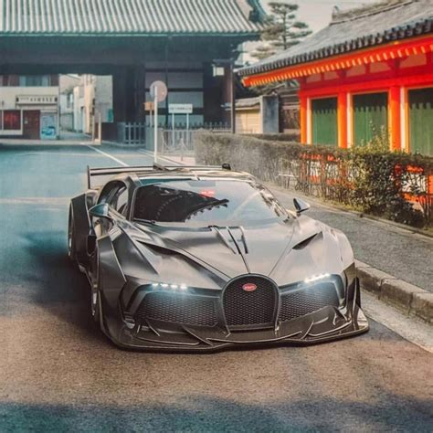 With its futuristic and ferocious design and its completely different personality and. The Bugatti Divo Redesigned 👀 #Bugatti #Divo #Supercars #Luxurycars #Cars #hypersportcar #La… в ...