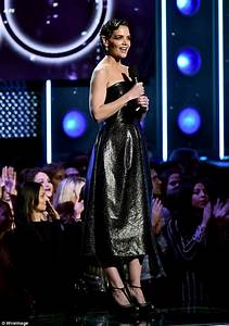 Katie Holmes wears sweats in NYC after Grammy appearance ...