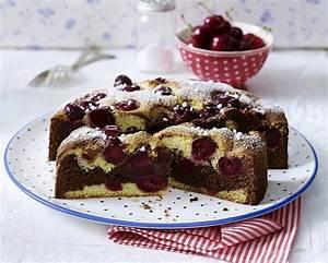 Kirschkuchen Blech Pudding : versunkener kirschkuchen einfach rezepte suchen ~ Lizthompson.info Haus und Dekorationen