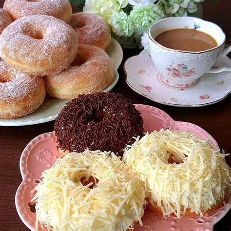 Resep kue kamir khas arab lembut dan empuk sederhana spesial asli enak. Resep Donat Kentang - Jajanan Orang