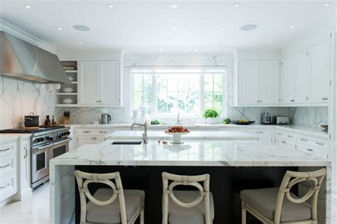Statuario Marble Kitchen Counter & Backsplash