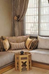 Banquette Marocaine Moderne : casashops salon marocain design design salon et salons marocains ~ Dode.kayakingforconservation.com Idées de Décoration