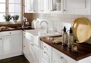 Küchen Ideen Landhaus : landhaus wei braun marmor mdf arbeitsplatten waschtisch k chen 750 515 k che ~ Heinz-duthel.com Haus und Dekorationen