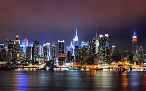 image screensaver  night city glow