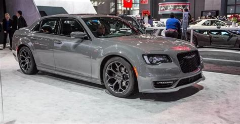 2018 Chrysler 300 Srt, Review, Changes, Specs 2019