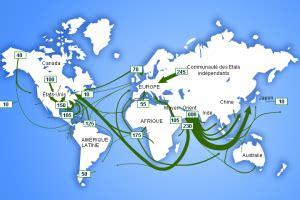 quand apparaissent les les a petrole 1 176 le transport du p 233 trole par voie maritime les activit 233 s p 233 troli 232 res et leurs influences