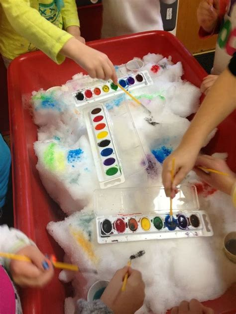 preschool sensory table winter watercolor painting on 602 | 31fb434fe0c998a488fd4385c1824749