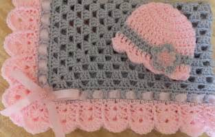 Pink and Gray Crochet Baby Blanket