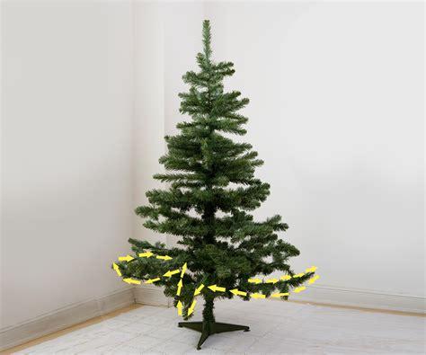 ways  hang christmas tree lights