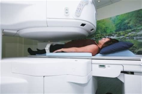 Open Scanning Open Sided Mri Offers Alternative For Claustrophobic Patient