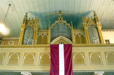 Mantojums   Smiltenes luterāņu baznīca