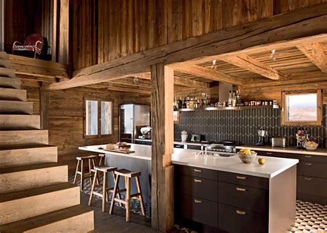 cuisine chalet bois une cuisine en bois pour une ambiance chalet de montagne