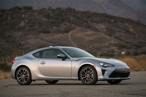 Review Toyota 86 by 2017 Toyota 86 Review Ratings Specs Prices And Photos