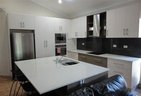 Kitchen Bench Tops Qld by Bill And Ben The Cabinet Four Simple Steps To Your