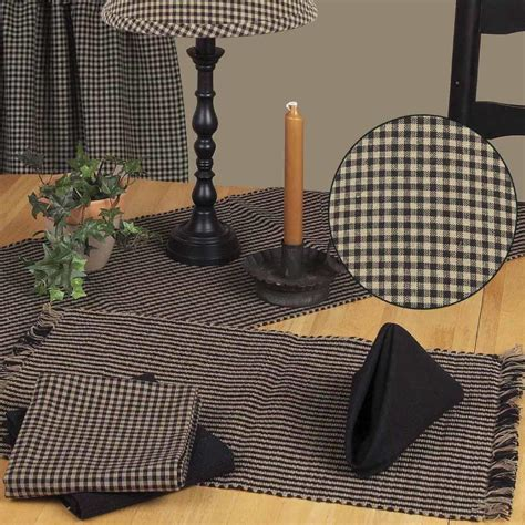 Newbury Gingham Placemat   Black   Country Village Shoppe