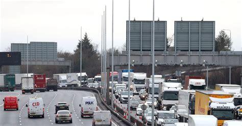 lintas dartford crossing  polisi membawa   tempat aman setelah insiden