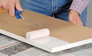 Furniertes Holz Streichen : holz lackieren lackieren streichen ~ Lizthompson.info Haus und Dekorationen