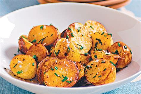 paprika baked chat potato  roasted garlic aioli