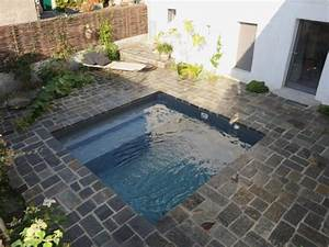 Mini Pool Terrasse : une mini piscine en kit aux nuances min rales ~ Michelbontemps.com Haus und Dekorationen