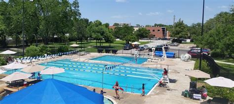 Houston's Best Swimming Pools For Families