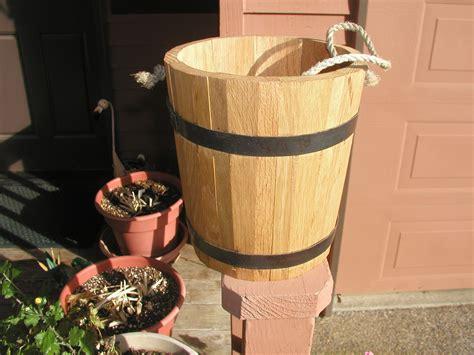 wooden bucket plans plans diy   table