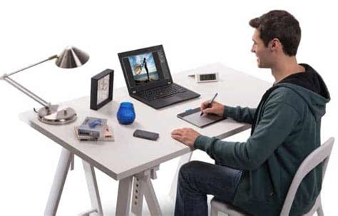 desk for digital artist what is the best tablet to buy drawing tablets for
