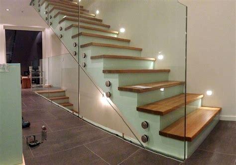 treppengeländer aus glas sonderanfertigungen aus glas glaserei kraus in schwabm 252 nchen glaser kraus