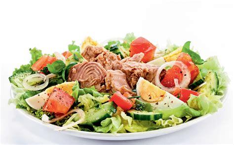 Svaigie tunča salāti ar olu - Jauns.lv