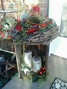 Eingangsbereich Außen Dekorieren : die besten 25 weihnachtsdeko hauseingang ideen auf pinterest weihnachtsdeko vor dem ~ Buech-reservation.com Haus und Dekorationen
