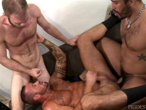 Group Sex With Hairy Muscle Hunk Daddies And Cumshots Free