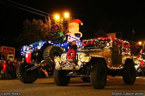 christmas jeep decorations jeep people like to do jeep things like decorate their