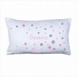 coussin prenom fleurs rose et grises lili pouce With tapis chambre bébé avec sweat a fleur homme