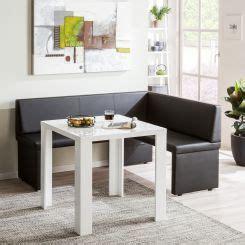 table de cuisine avec banc d angle cuisine avec banquette table de salle manger avec le banc et chaises dans la chambre de cuisine