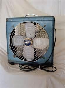 Vintage Eskimo Box Fan Blue