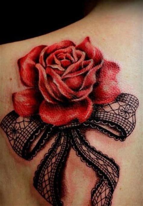 Modele Tatouage Rose Rouge Eclose En Relief Avec Noeud
