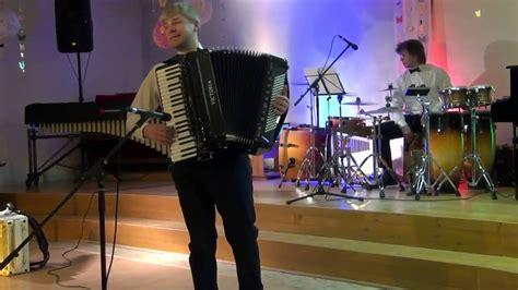 Gulbja Koncerts Rojā 2016 - YouTube