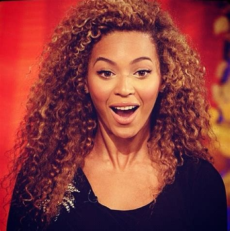 Beyonce | I love Beyonce! in 2019 | Curly hair styles ...