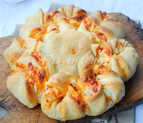 ricetta fiore pan brioche fiore di pan brioche salato alla pizza ricetta facile