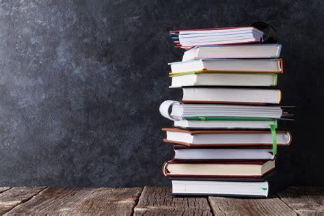 graduation documents registry um