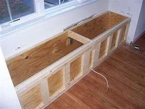 fabriquer une banquette bricobistro With meuble de salle a manger avec construire sa cuisine