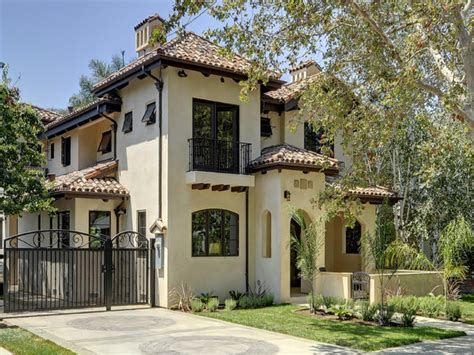 exterior paint colors for spanish style homes ranch style house exterior facelift spanish style exterior