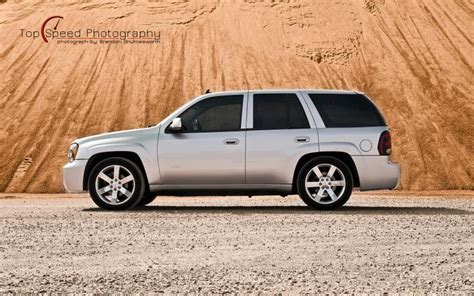 Chevrolet Trailblazer Backgrounds by Hd Silver 2006 Chevrolet Trailblazer Ss Wallpaper