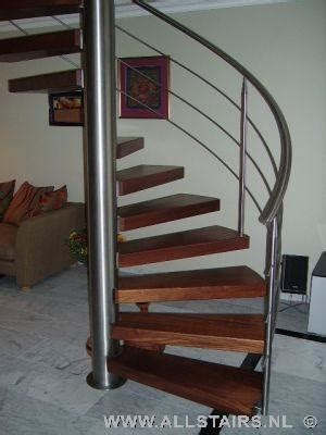 spiltrap zwart stalen trappen van allstairs de trappen specialist van