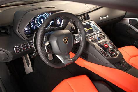 2012 Lamborghini Aventador Lp700-4 Photo Gallery
