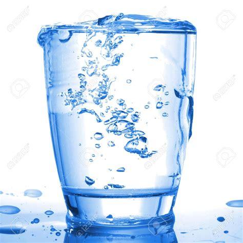 Bicchieri D Acqua Al Giorno by 8 Bicchieri Di Acqua Al Giorno Non Per Tutti Un Fico Secco