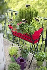 Balkonmöbel Set Für Kleinen Balkon : 77 coole ideen f r platzsparende m bel womit sie kokett den kleinen balkon gestalten ~ Bigdaddyawards.com Haus und Dekorationen