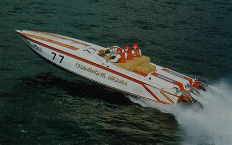 Cigarette Boat Offshore by Cigarette 35 Raceboats Page 8 Offshoreonly