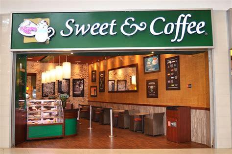 En sweet & coffee nos preocupamos permanentemente de aspectos como la capacitación y motivación de todos los colaboradores, la calidad y variedad de nuestros productos, la imagen y limpieza de todos nuestros locales así como también sus acabados y elementos decorativos de cada. Riocentro Shopping Centro Comercial El Dorado | Sweet & Coffee