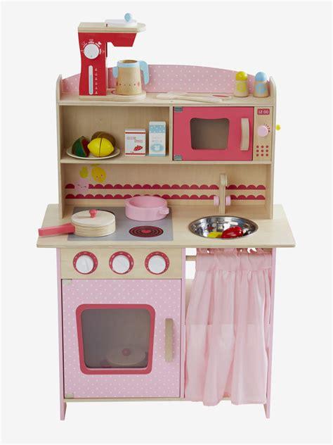 vertbaudet cuisine bois ma sélection de cuisine enfant en bois pour imiter les