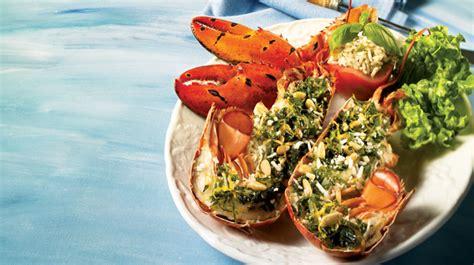 cuisiner le homard homards grillés farcis à l italienne recettes iga